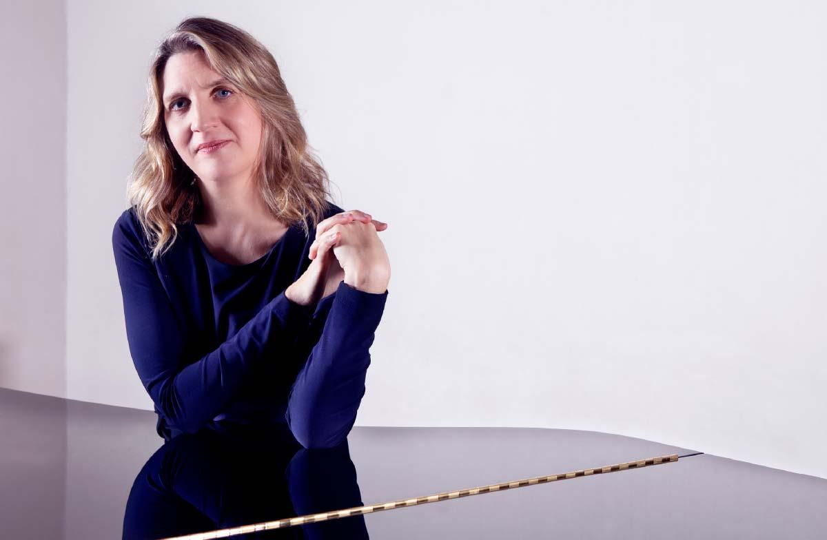 Dearbhla Collins – Collaborative Pianist & Vocal Coach – Photo Frances Marshall